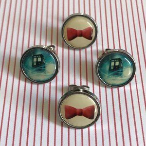 DOCTOR WHO Earrings   Two Pair